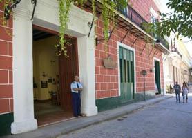 Hostal Conde de Villanueva Hotel