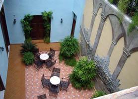 Hotel Del Tejadillo havana interior